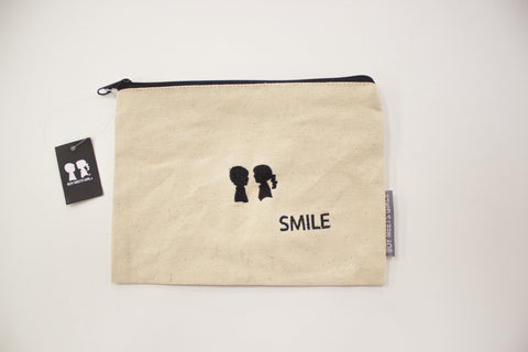 Smile Pouch
