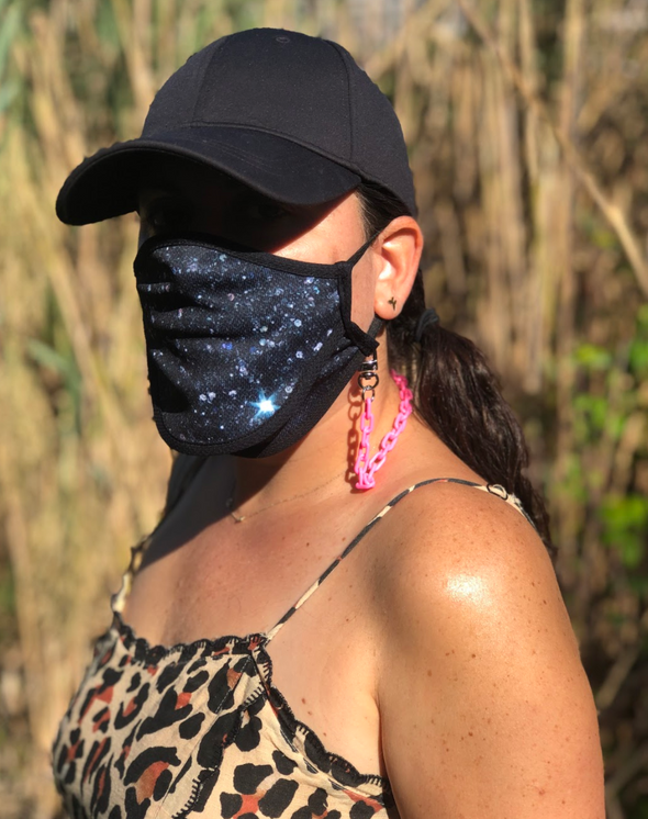 "BOY MEETS GIRL® x Pretty Connected Mask Chain Set: Adult Black ""Dylan"" Drinking Sparkle Mask with Light Blue Chain"