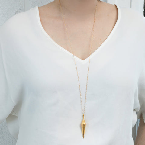 Pendula necklace