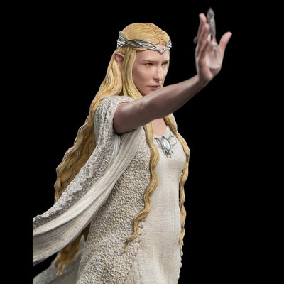 The Hobbit: Lady Galadriel at Dol Guldor 1:6 Statue