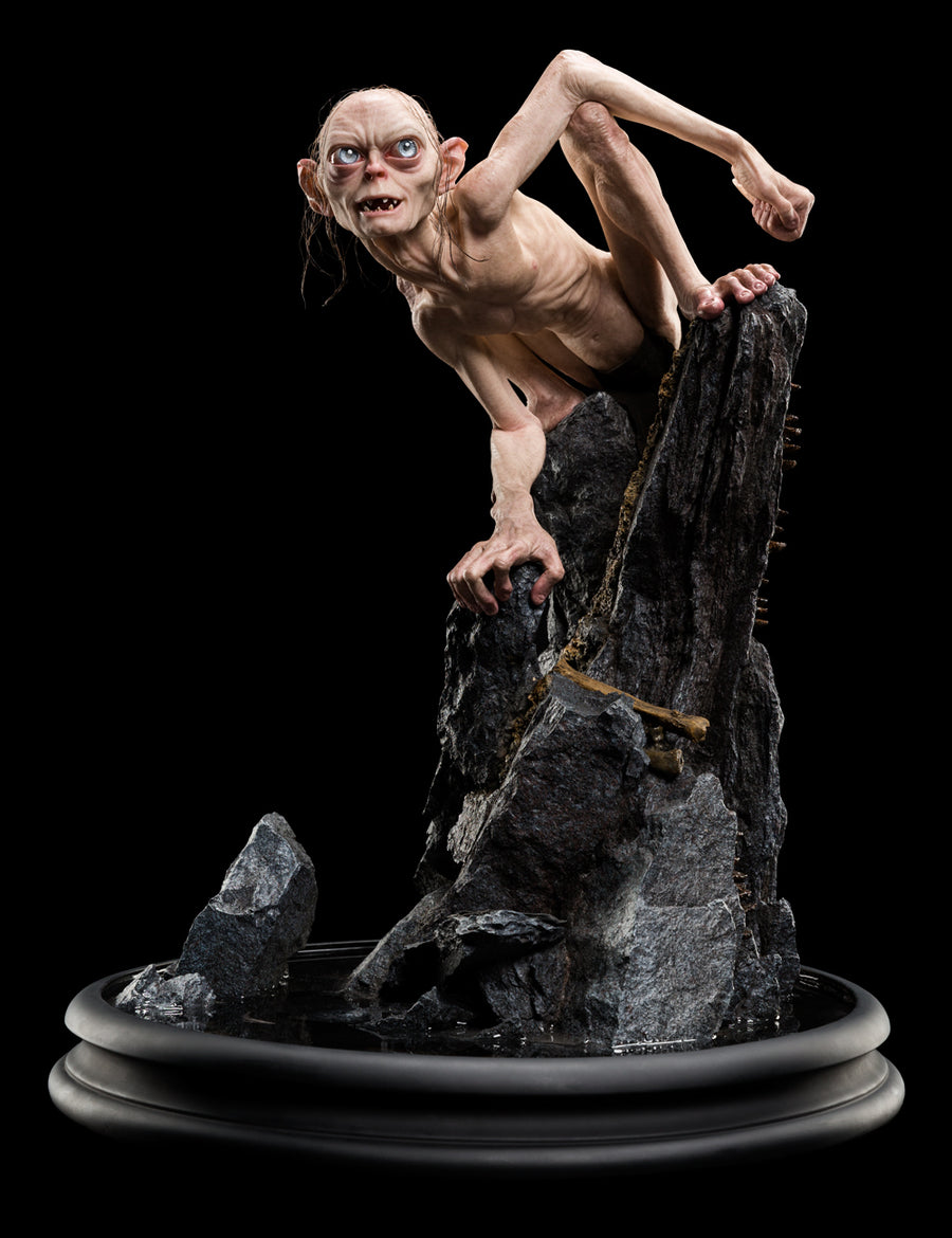 GOLLUM 1:3 Scale Masters Collection Statue by WETA
