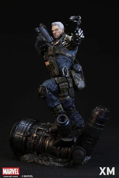Cable 1/4 Scale Statue STGCC Exclusive (DISPLAYED)