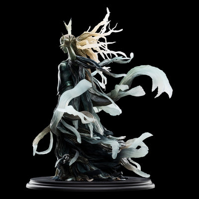 Galadriel, Dark Queen Statue