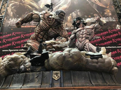 Attack On Titan: Eren Jaeger & Mikasa Vs. Armored Titan Elite Statue Exclusive