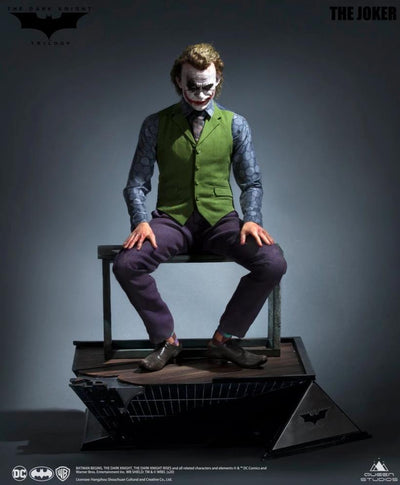 Joker ( Heath Ledger ) 1:3 Scale Statue - Exclusive (Artificial Hair)