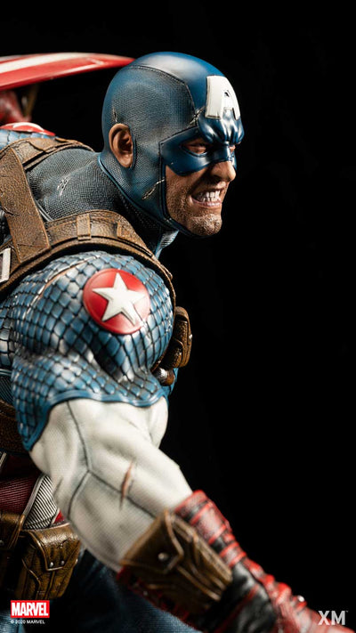 Ultimate Captain America Version B Statue