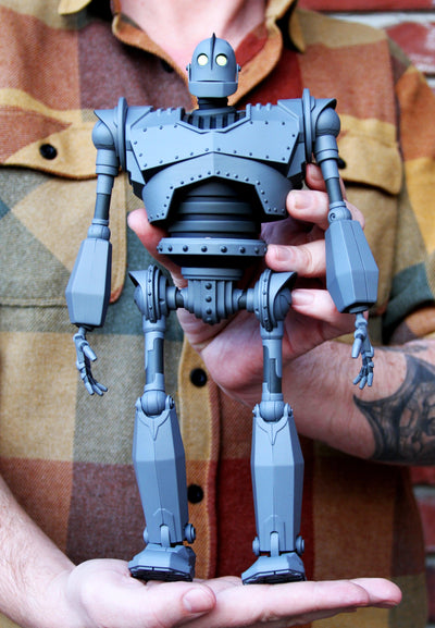 "Iron Giant MONDO MECHA 12.5"" Figure"