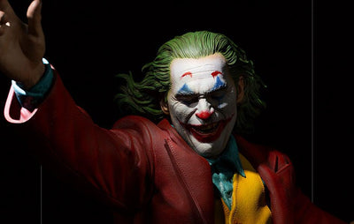 The Joker (2019) 1:3 Prime Scale Statue