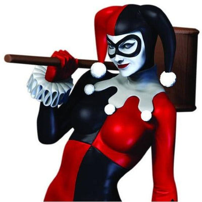 DC COMICS ICONS HARLEY QUINN STATUE by DC Collectibles