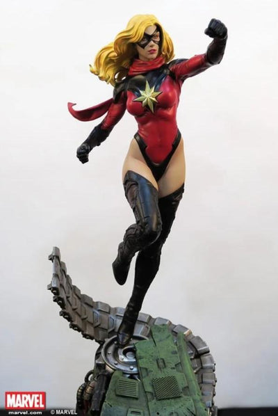 MS MARVEL1/4 Scale Statue (Comics Version) by XM STUDIOS