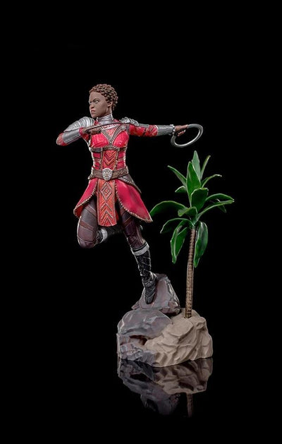 Marvel Black Panther: NAKIA 1/10 Scale Statue Diorama