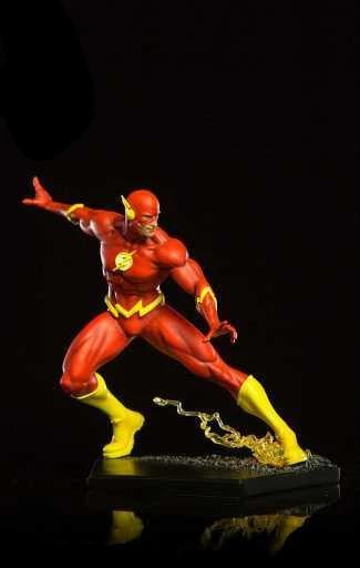 Flash 1/10 Art Scale Statue by Ivan Reis
