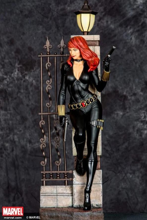 Black Widow 1/4 Scale Statue (Comics Version)