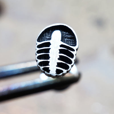 Trilobite Internally Threaded Cartilage Earring-Internally Threaded Labret-Metal Lotus