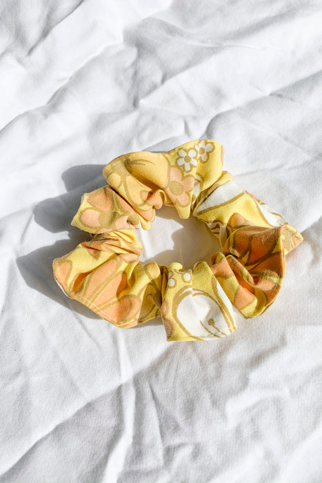 Retro Floral Scrunchie
