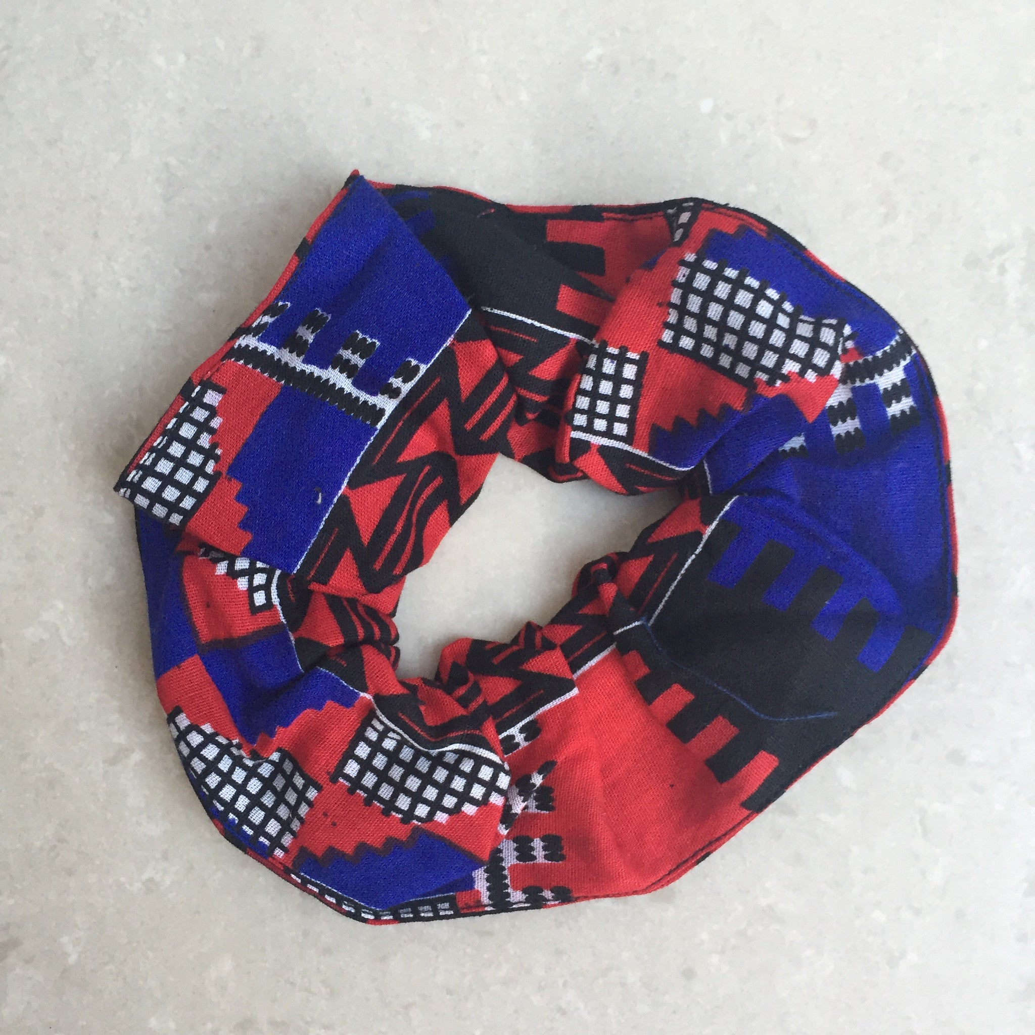 Scrunchie in Tribal Red from Mayamiko
