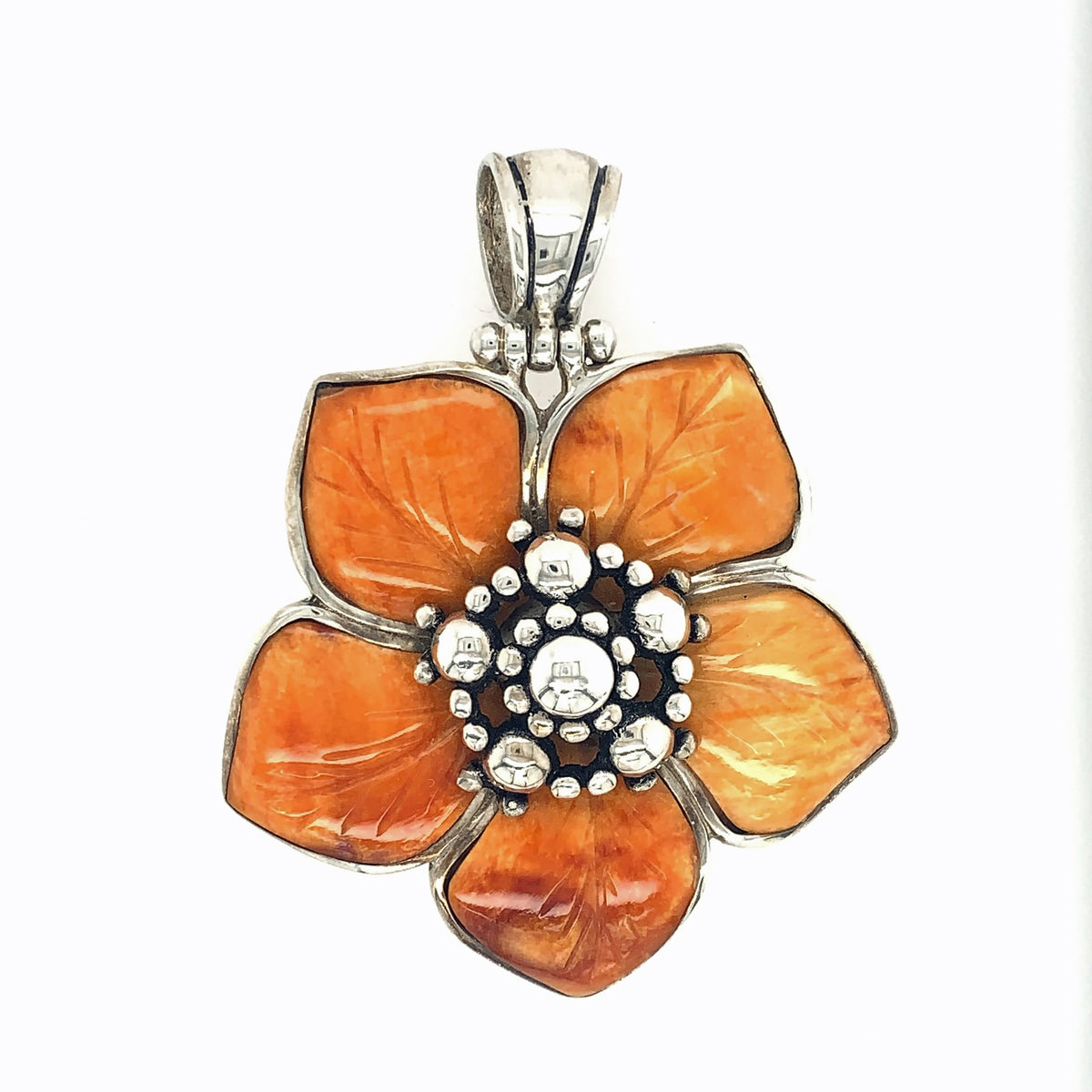 Sterling Silver & Carved Spondylus Flower Pendant - Qinti - The Peruvian Shop