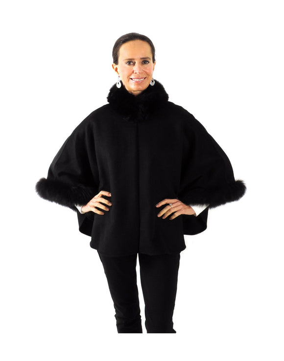 Baby Alpaca Cape with Fur Collar & Sleeves - Black - Qinti - The Peruvian Shop