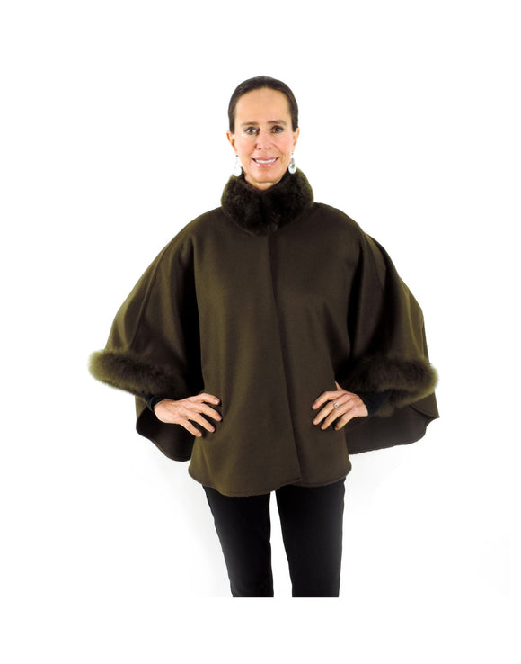 Baby Alpaca Cape with Fur Collar and Sleeves - Seaweed Green - Qinti - The Peruvian Shop