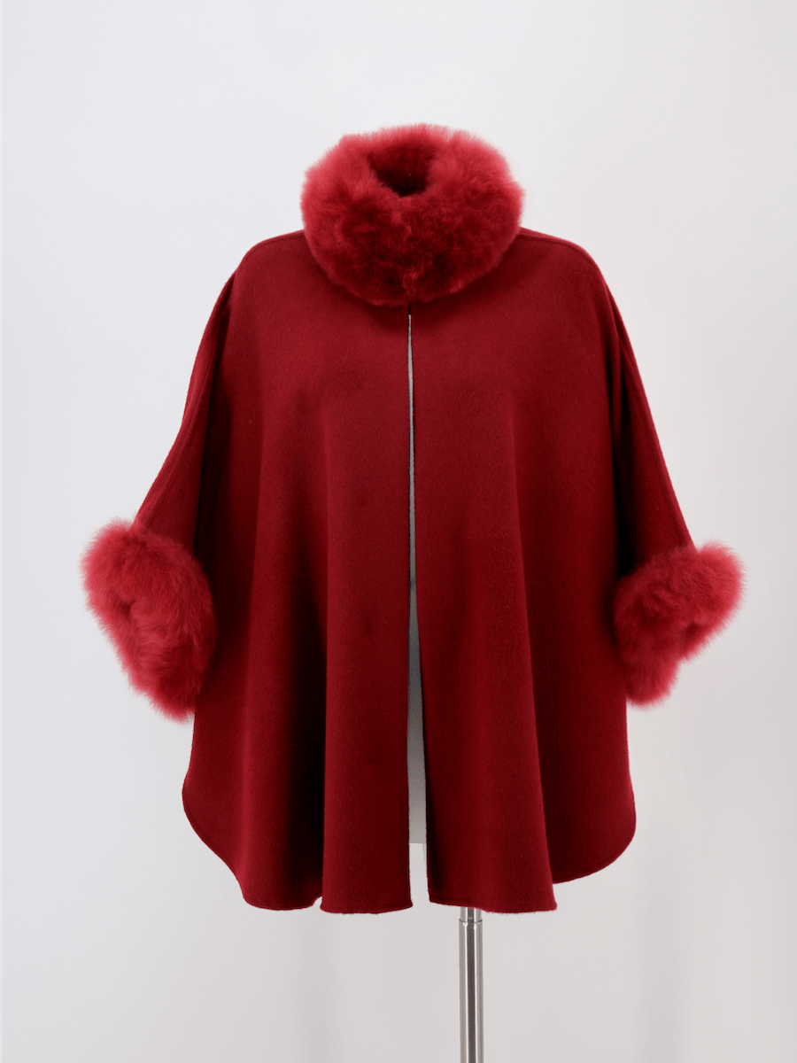 Baby Alpaca Cape with Fur Collar and Sleeves - Qinti - The Peruvian Shop