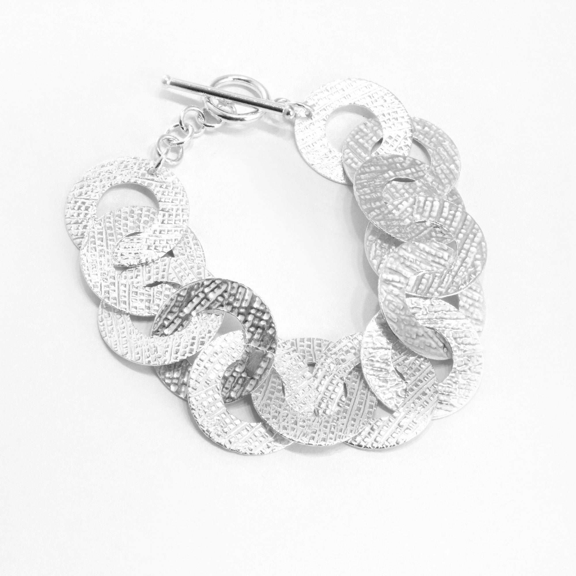 Circles textured Sterling Silver Bracelet - Qinti - The Peruvian Shop