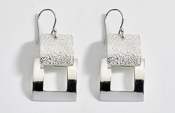 Contemporary Textured Silver Earrings - Qinti - The Peruvian Shop