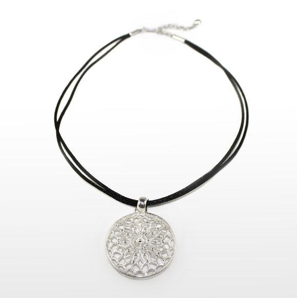 Filigree Sand Dollar Sterling Silver Pendant - Qinti - The Peruvian Shop