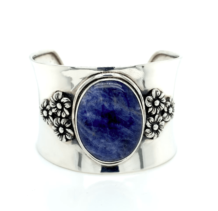 Hand Polished Sterling Silver Cuff Bracelet with Sodalite Stone - Qinti - The Peruvian Shop