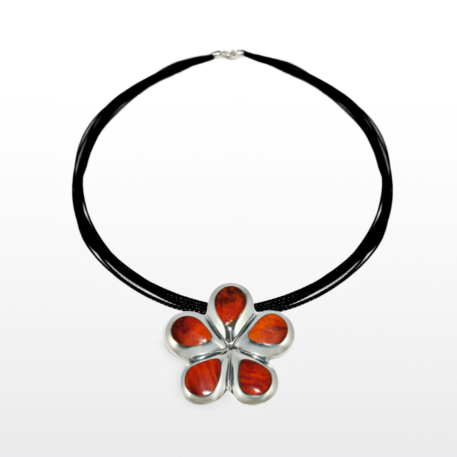 Spondylus & Sterling Silver Flower Pendant & Earrings Set - Qinti - The Peruvian Shop