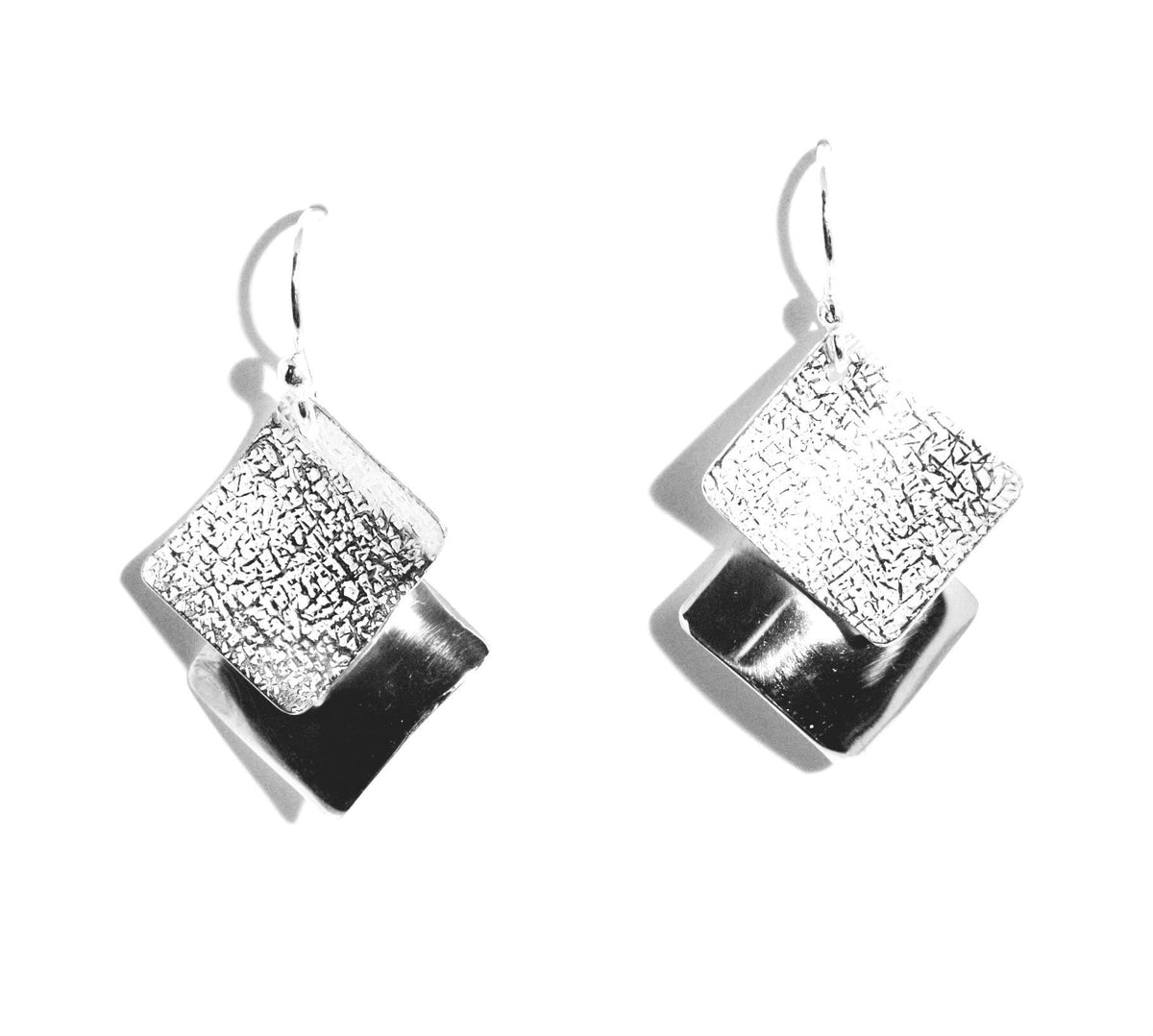 Squares Textured & High Polish Sterling Silver Earrings - Qinti - The Peruvian Shop