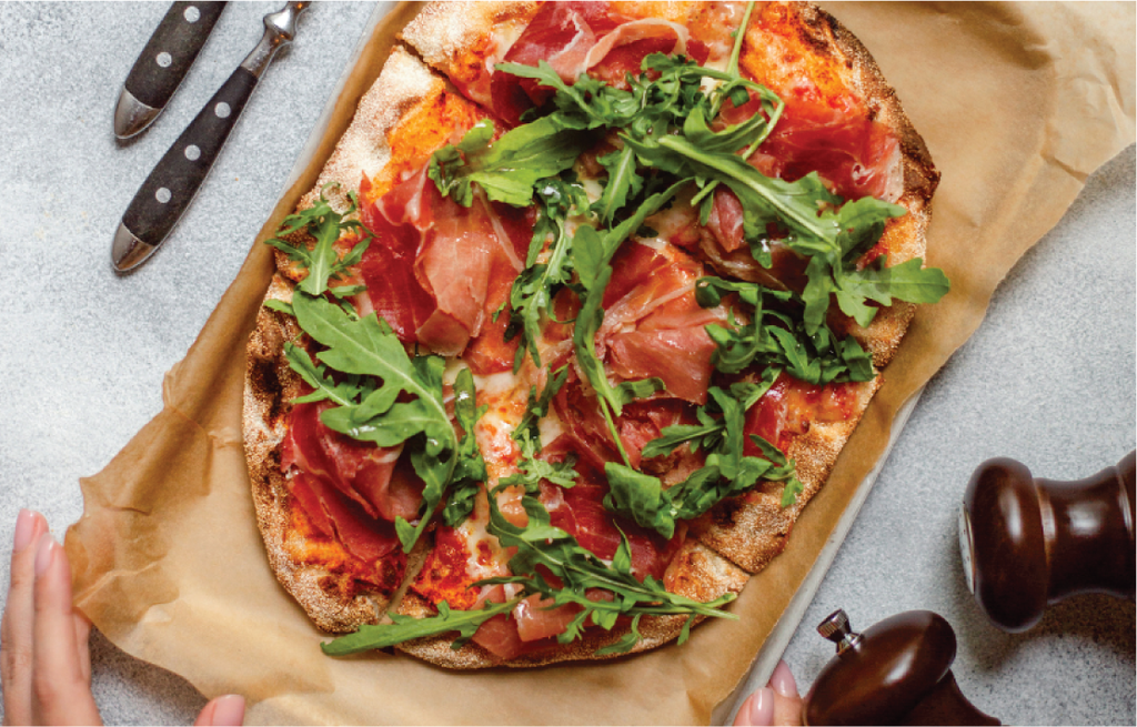 Wholegrain Pizza with Spinach, Tomato and Prosciutto