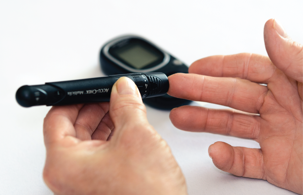 7 Tips for Testing Blood Glucose Levels