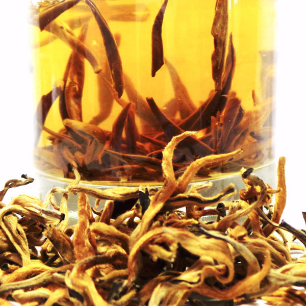ON SALE! Old Tea Tree Golden Needle of Yunnan Black Tea (古樹金芽滇紅)
