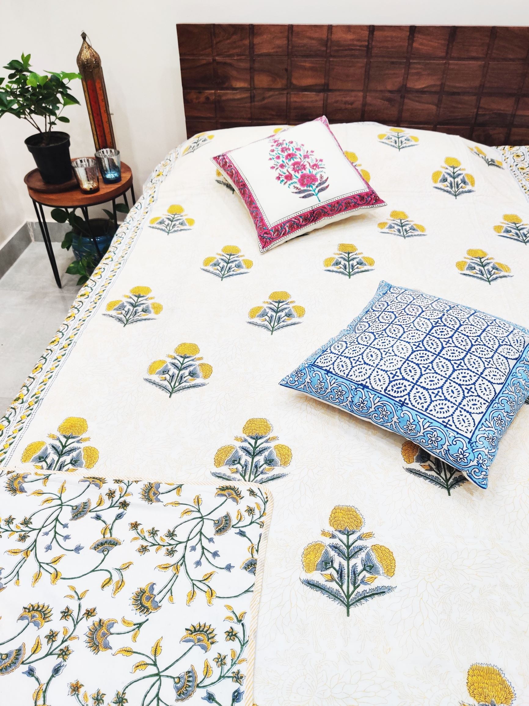 Yellow Boota Hand block Printed Reversible Cotton Dohar (Single 90X60 Inches)