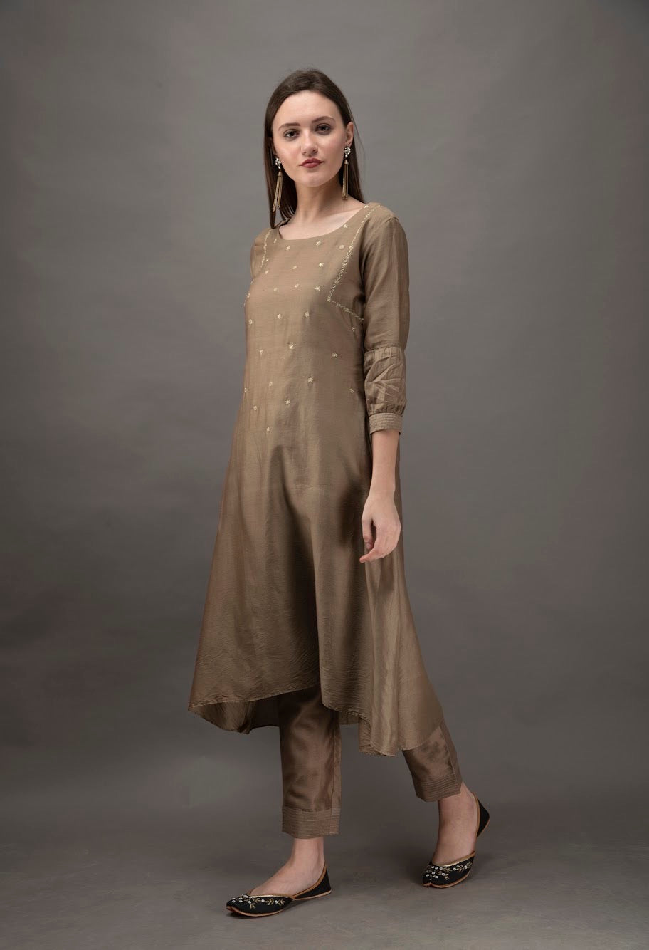 Taupe Hand Embroidered Chanderi Kurta with Zari Details and Mul Slip (Set of 2)