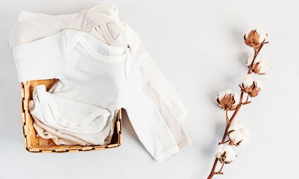 How To Choose the Right Baby Clothes