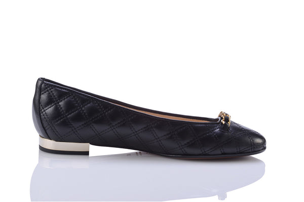 Sanida Carroll Giara Black Napa Quilt Comfortable Flats (right)