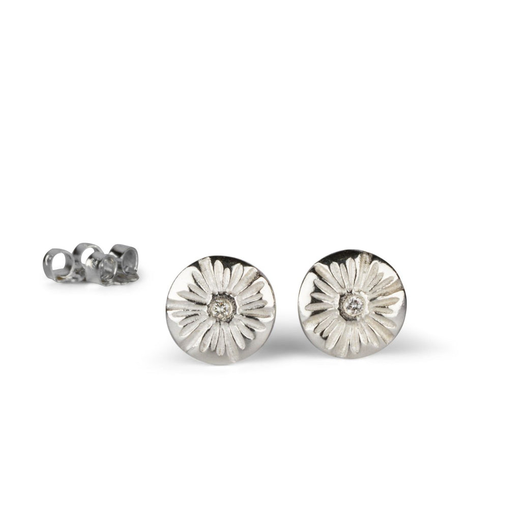 Medium Corona Stud Earrings in Sterling Silver