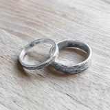 Narrow Ripple Ring (Oxidized)