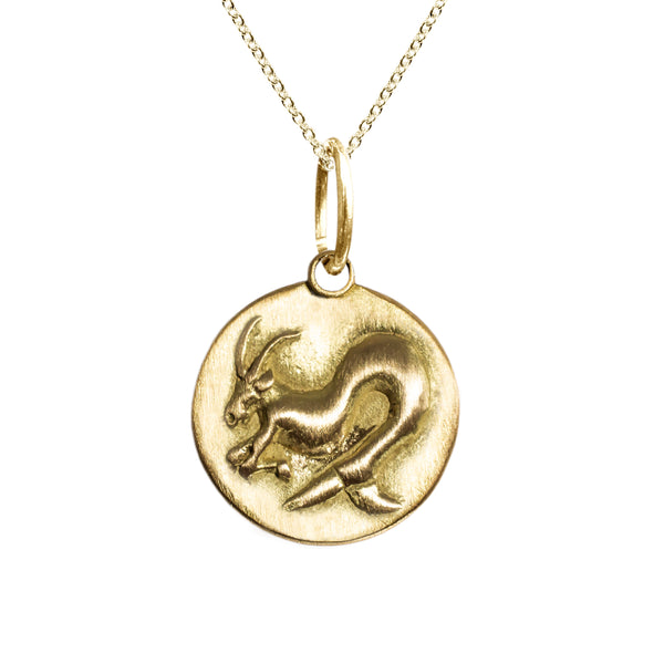 Capricorn Zodiac Charm in 18K Gold