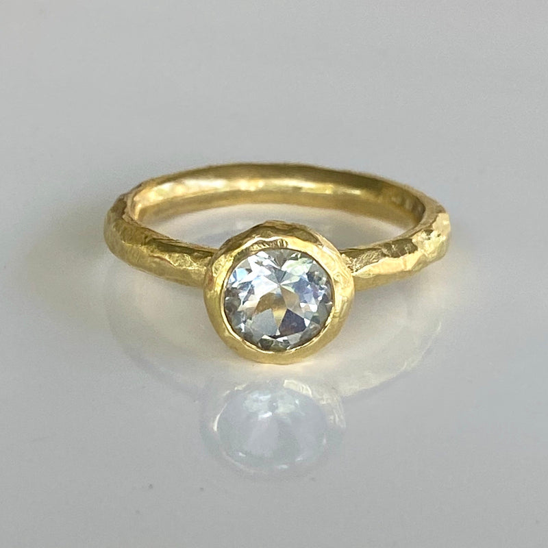 Textured Bezel Ring with White Topaz in 18K Gold