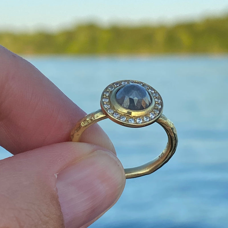 Halo Ring with Gray and White Diamonds in 18K Green Gold