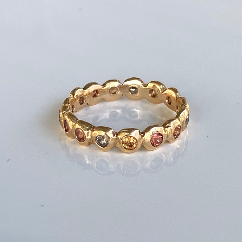 Pebble Eternity Ring with Cognac Diamonds and Pink and Orange Sapphires in 18k Rose Gold
