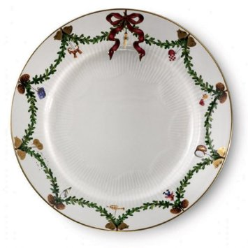 RC Star Fluted Christmas Dinner Plate