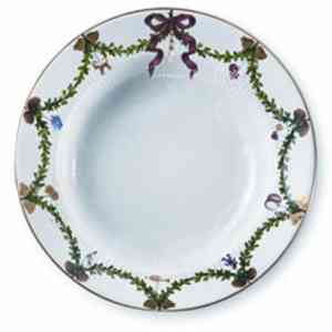 RC Star Fluted Christmas Salad Plate