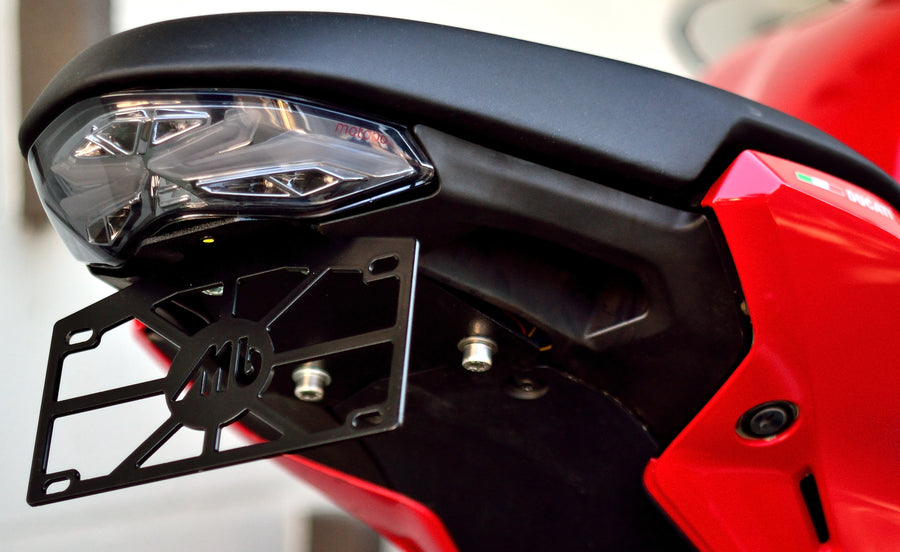 DUCATI SUPERSPORT 2017-2018, MONSTER 1200, 1200S 2017-2018 FULLY INTEGRATED TAIL LIGHT