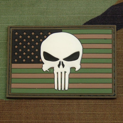 PUNISHER SKULL GITD USA FLAG 3D PVC VELCRO PATCH - FOREST