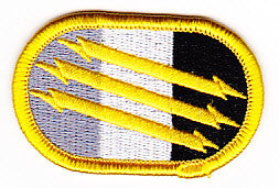 ARMY 4th Psychological Airborne Operations Group Military Patch OVAL