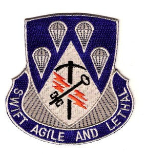 ARMY 4th Brigade 82nd Airborne Infantry Division Special Troop Battalion Military Patch SWIFT AGILE AND LETHAL STB-33