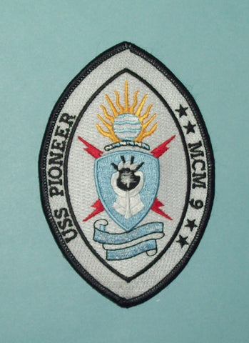 USS PIONEER MCM-9 AVENGER CLASS MINE COUNTERMEASURES SHIP MILITARY PATCH